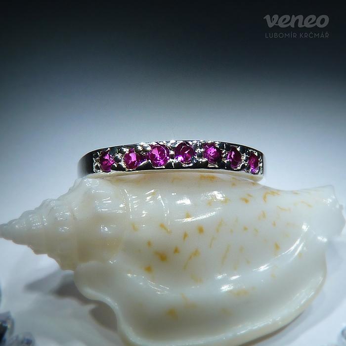 Veneo Amélie - prsten s rubíny , Materiál: Stříbro, ryzost 925/000 - P3024/kz1