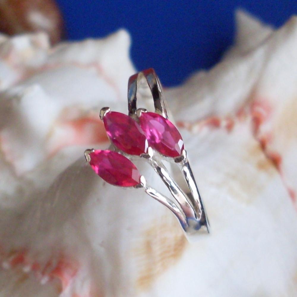 Veneo Liana - prsten s rubíny , Materiál: Stříbro, ryzost 925/000 - P3071/kz1