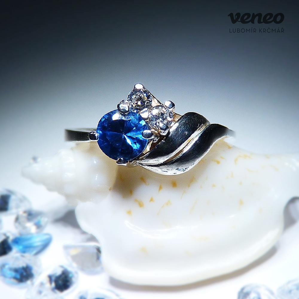 e32fae709 Obrázek produktu Vega – prsten s topazem a čirými zirkony