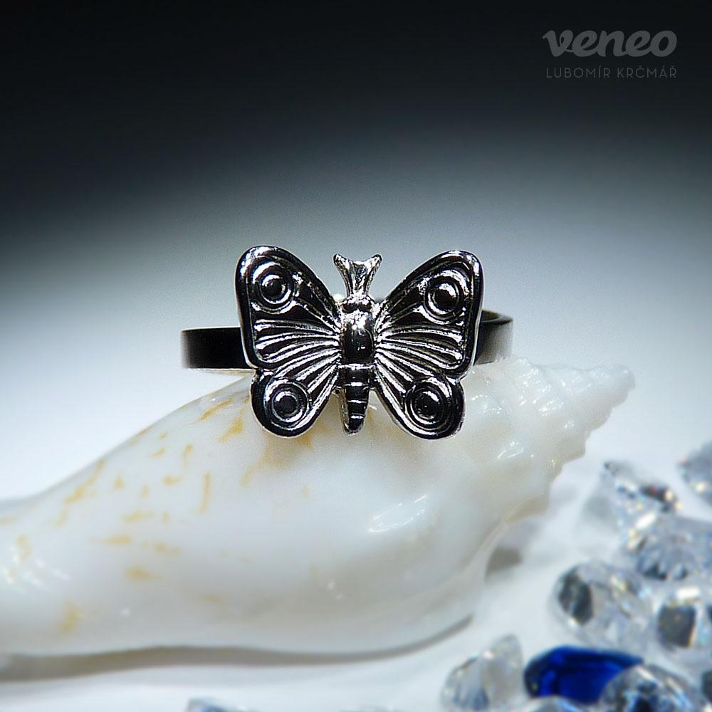 Připojte motýlky
